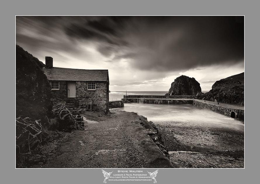 Mullion Harbour Cottage